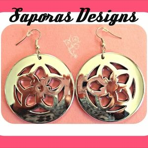 Round  Silver Tone Flower Design Dangle Earrings